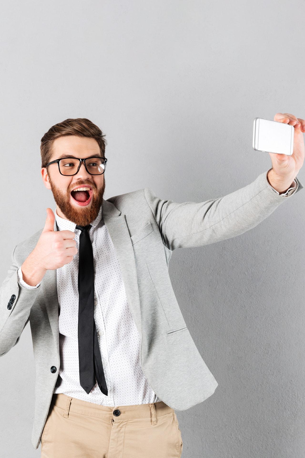 "Instagram sta testando nuovi sticker ""Selfie"" per le Storie"